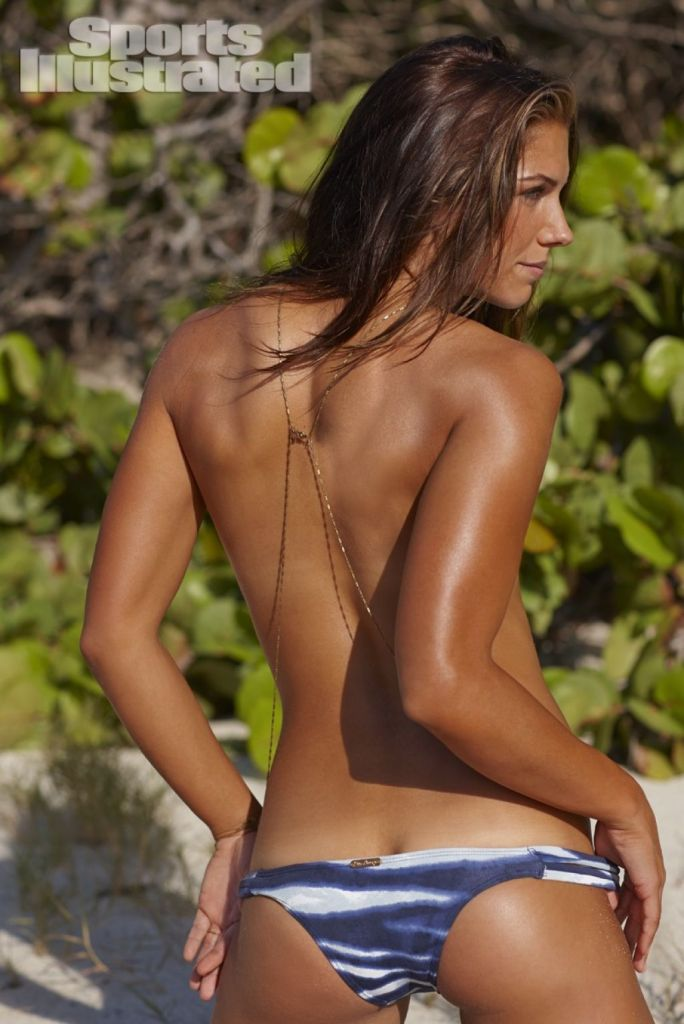 Alex Morgan Sexy Back