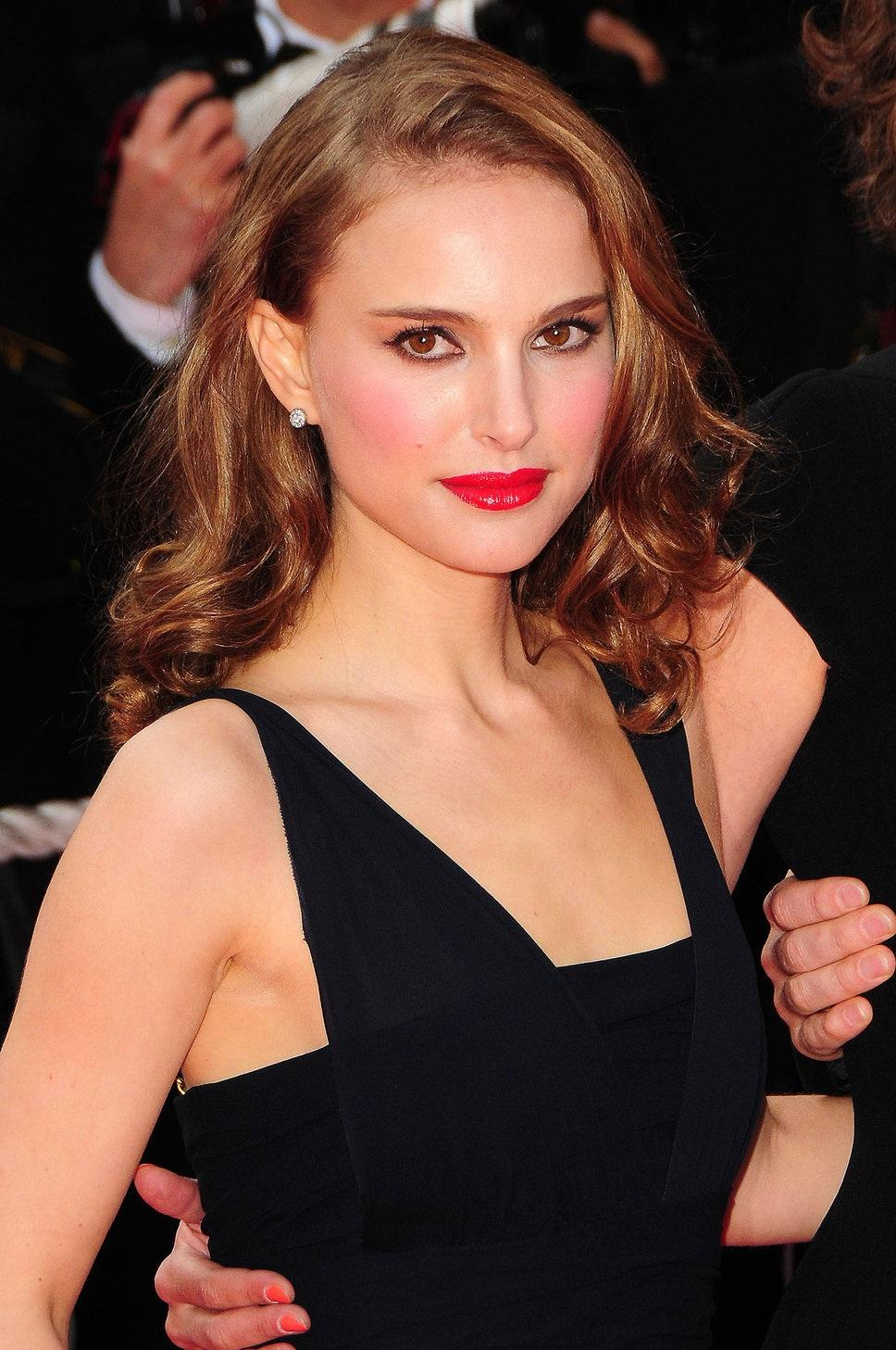 Natalie Portman Red Lips