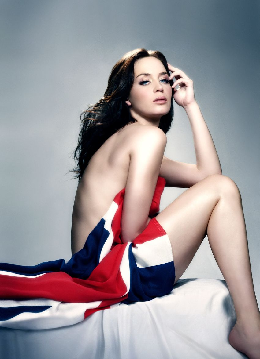41 Hot Pictures Of Emily Blunt - Marry Poppins And A Quiet -6364