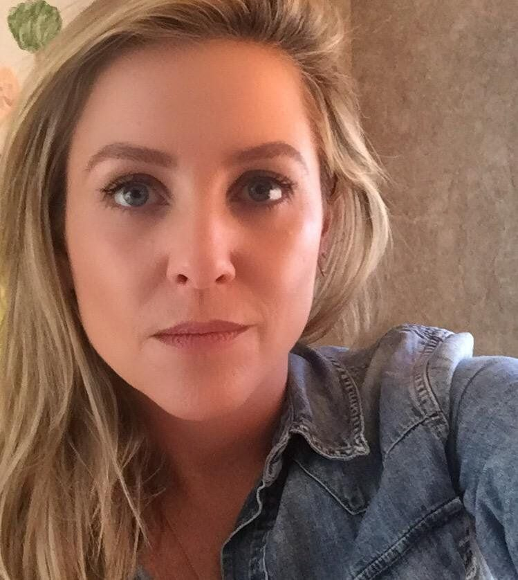 Jessica Capshaw on Selfie