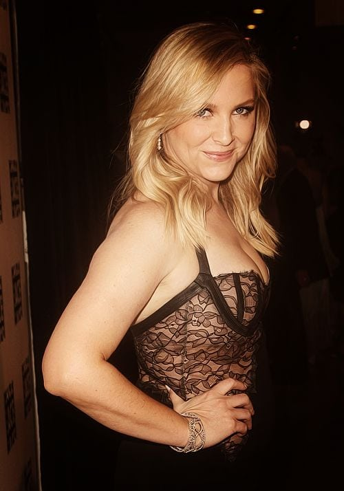 38 Hot Pictures Of Jessica Capshaw From Greys Anatomy Are Irresistible-2719