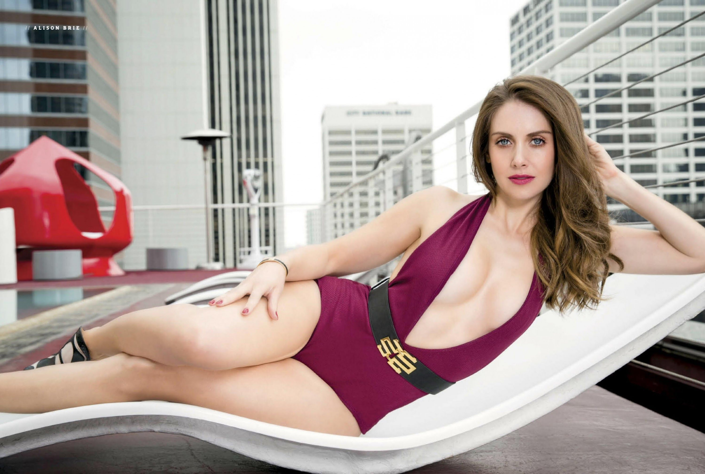 Alison Brie Hot Photoshoot