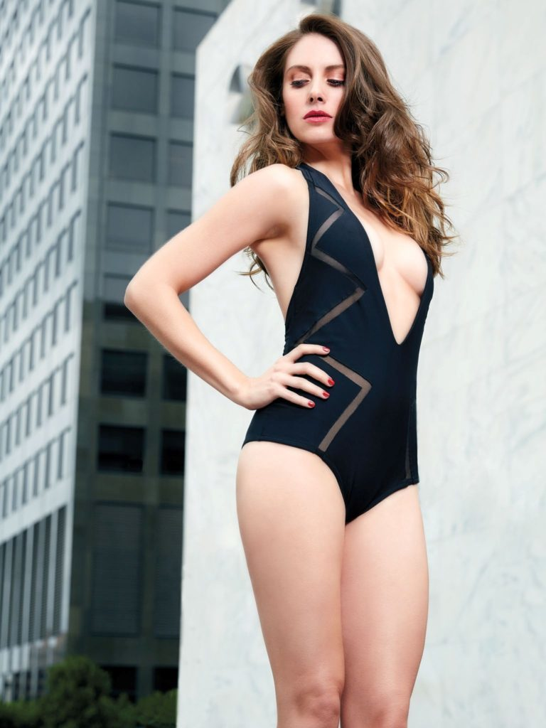 Alison Brie Hot Pictures