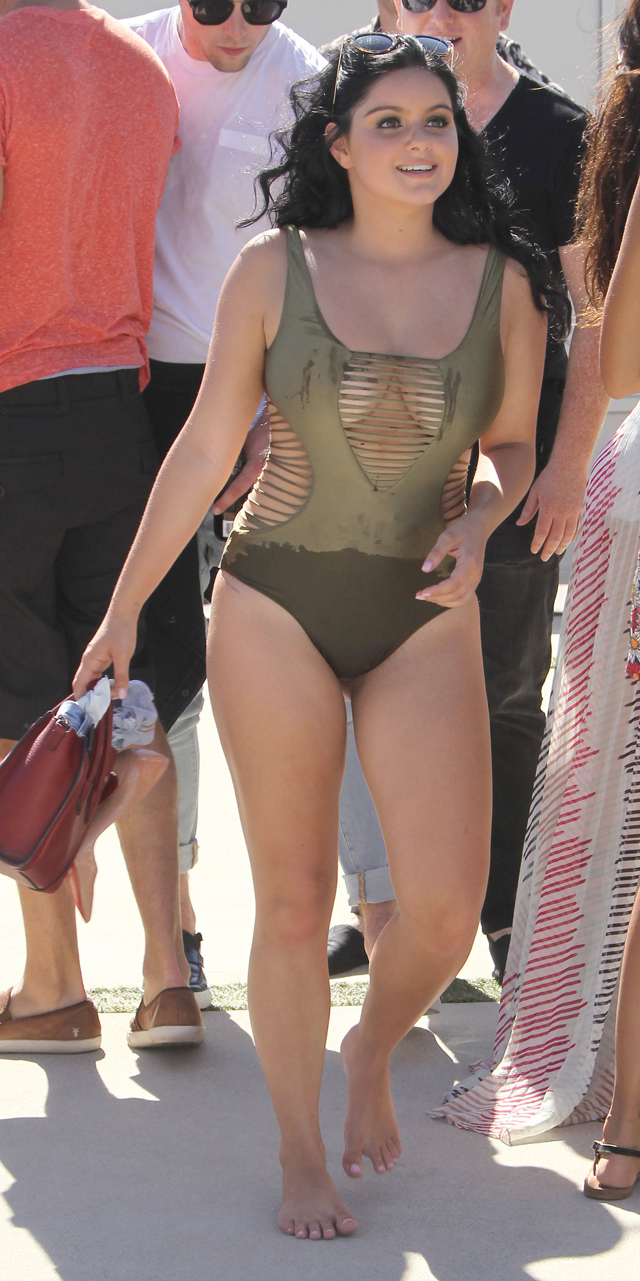 EXCLUSIVE: Ariel Winter walking around the Just Jared 4th Annual Summer Bash in her bathing suit - Los Angeles