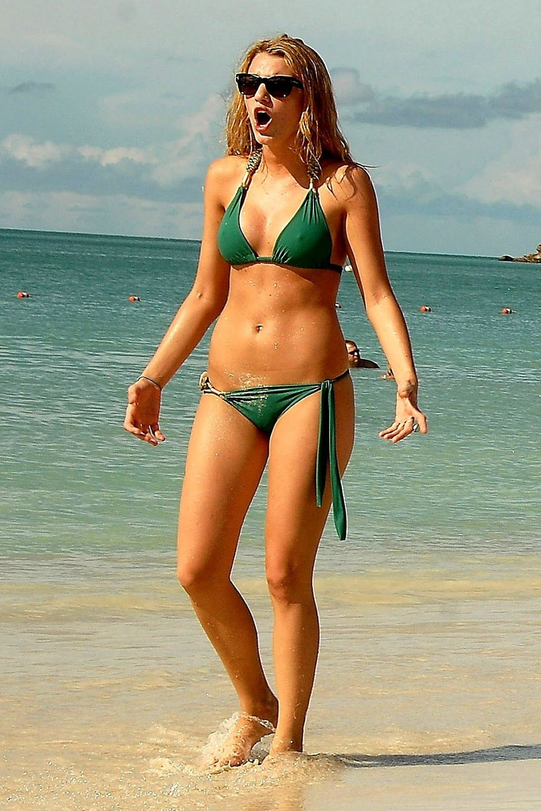 Blake Lively Bikini Hot