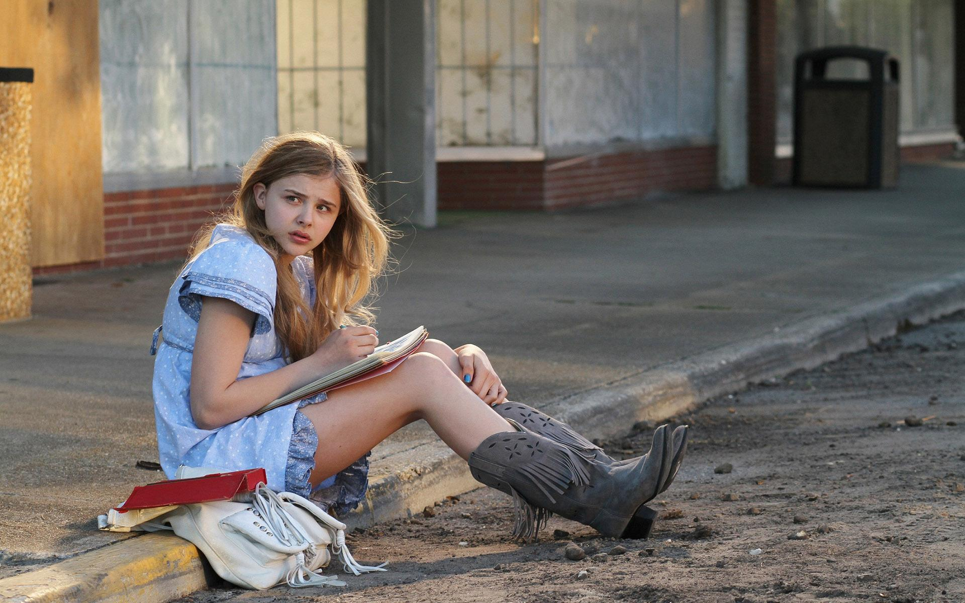 Chloe Grace Moretz Writting Notebook