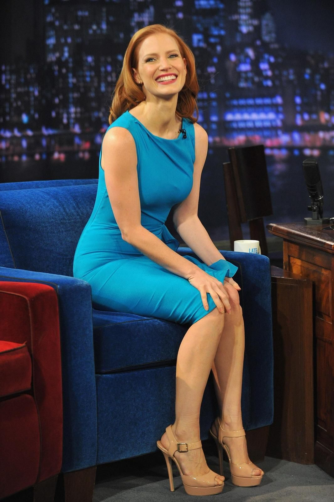 Jessica Chastain So Hot & Leggy