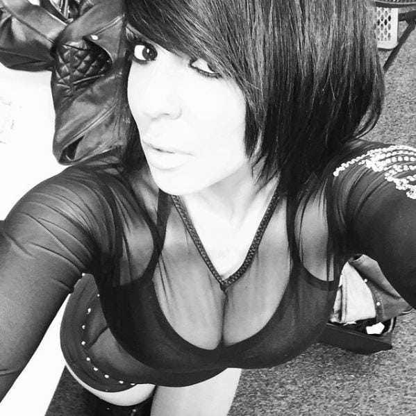 Layla Black & White