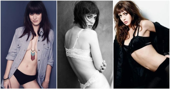43 Hot Pictures of Lizzy Caplan From Masters Of Sex Will Make You Breath Heavy