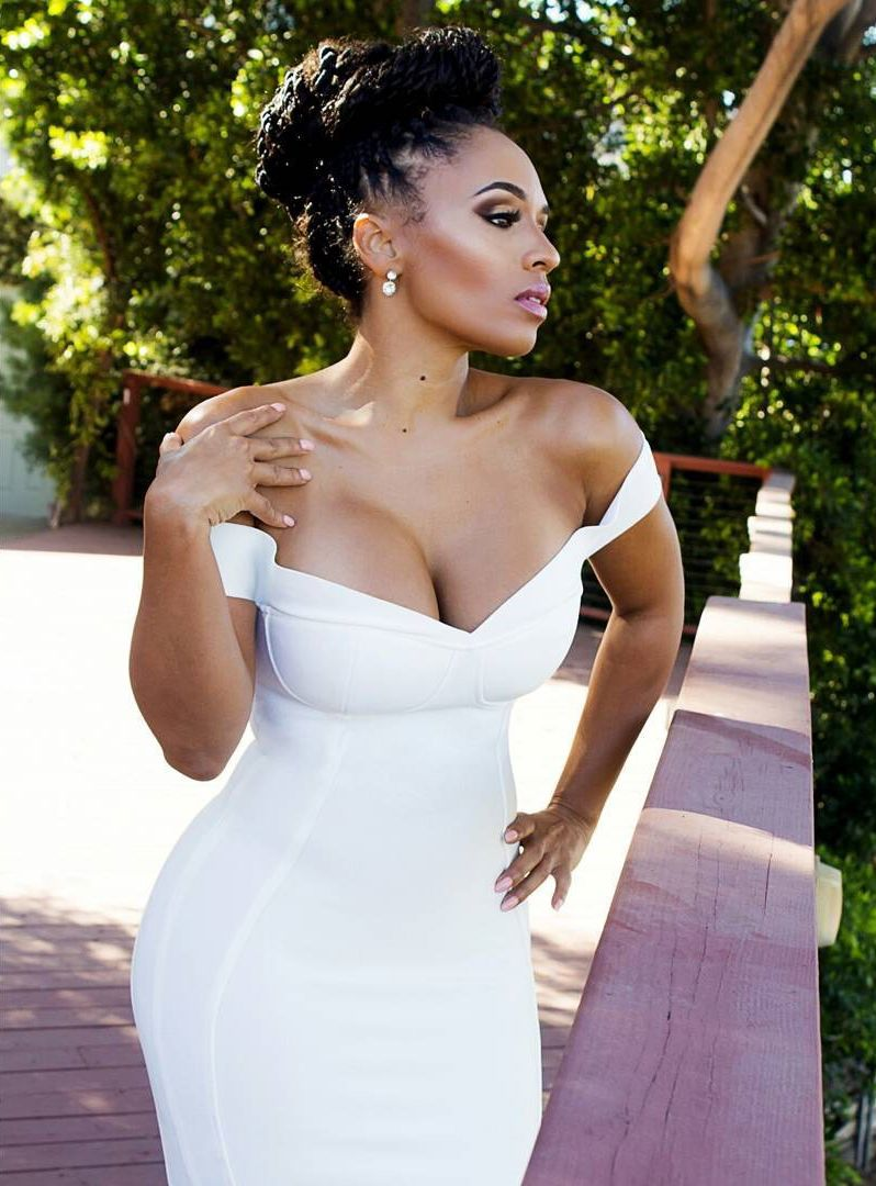 Melyssa Ford Sexy Cleavage