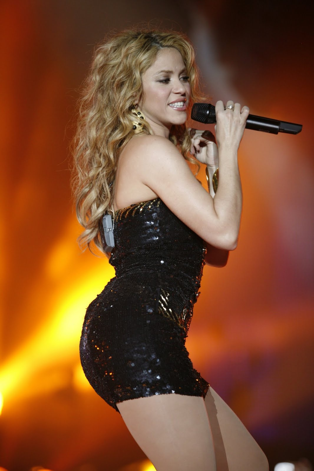 Shakira Black Dress Hot