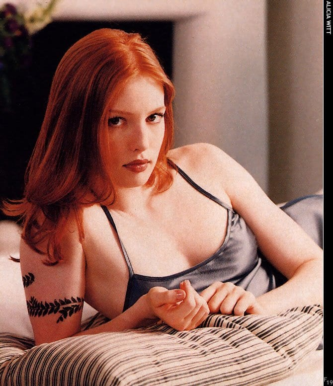 alicia witt hot lingerie