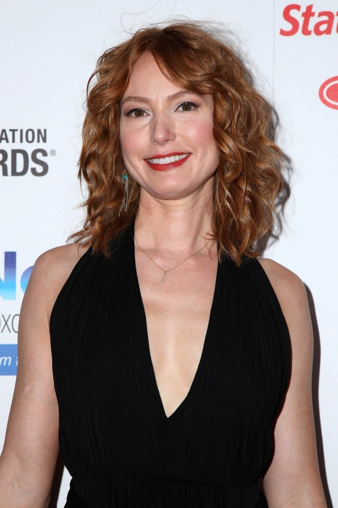 alicia witt pretty smile