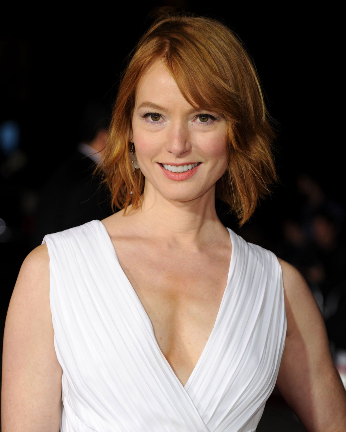 alicia witt white dress