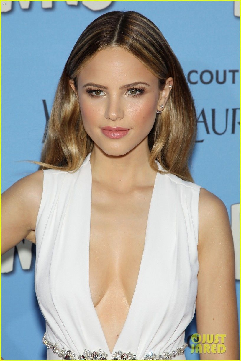 Cleavage Halston Sage nude photos 2019
