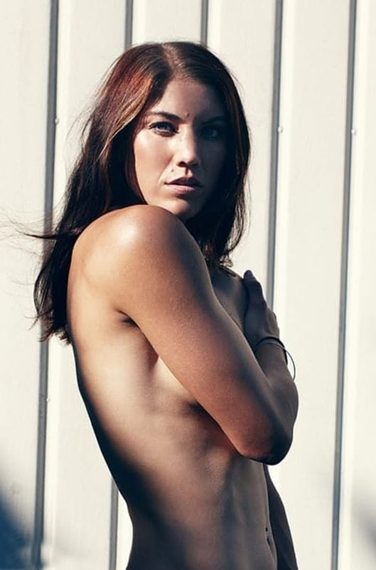 Hope solo toppless — img 7