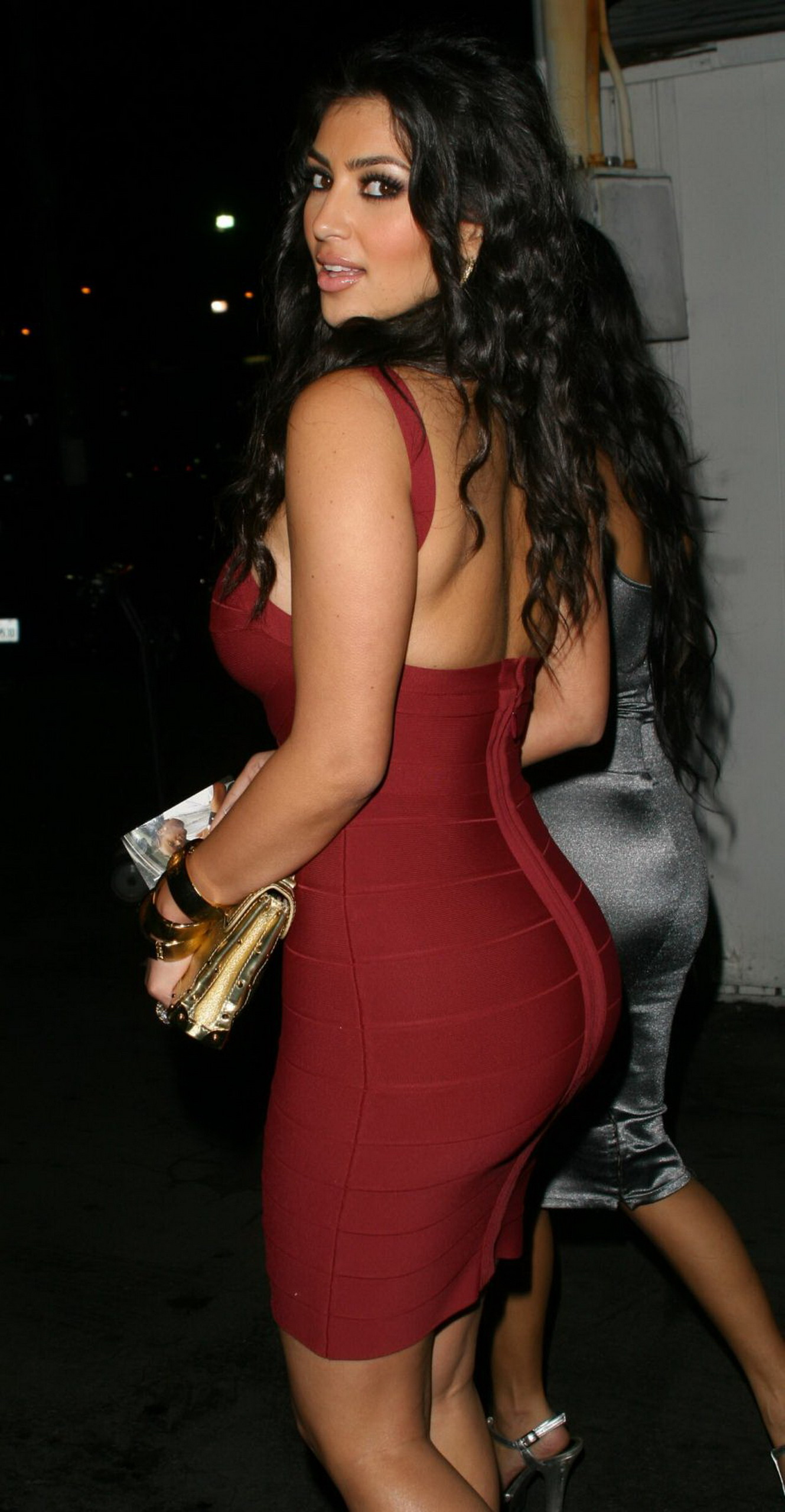 kim kardashian hot back