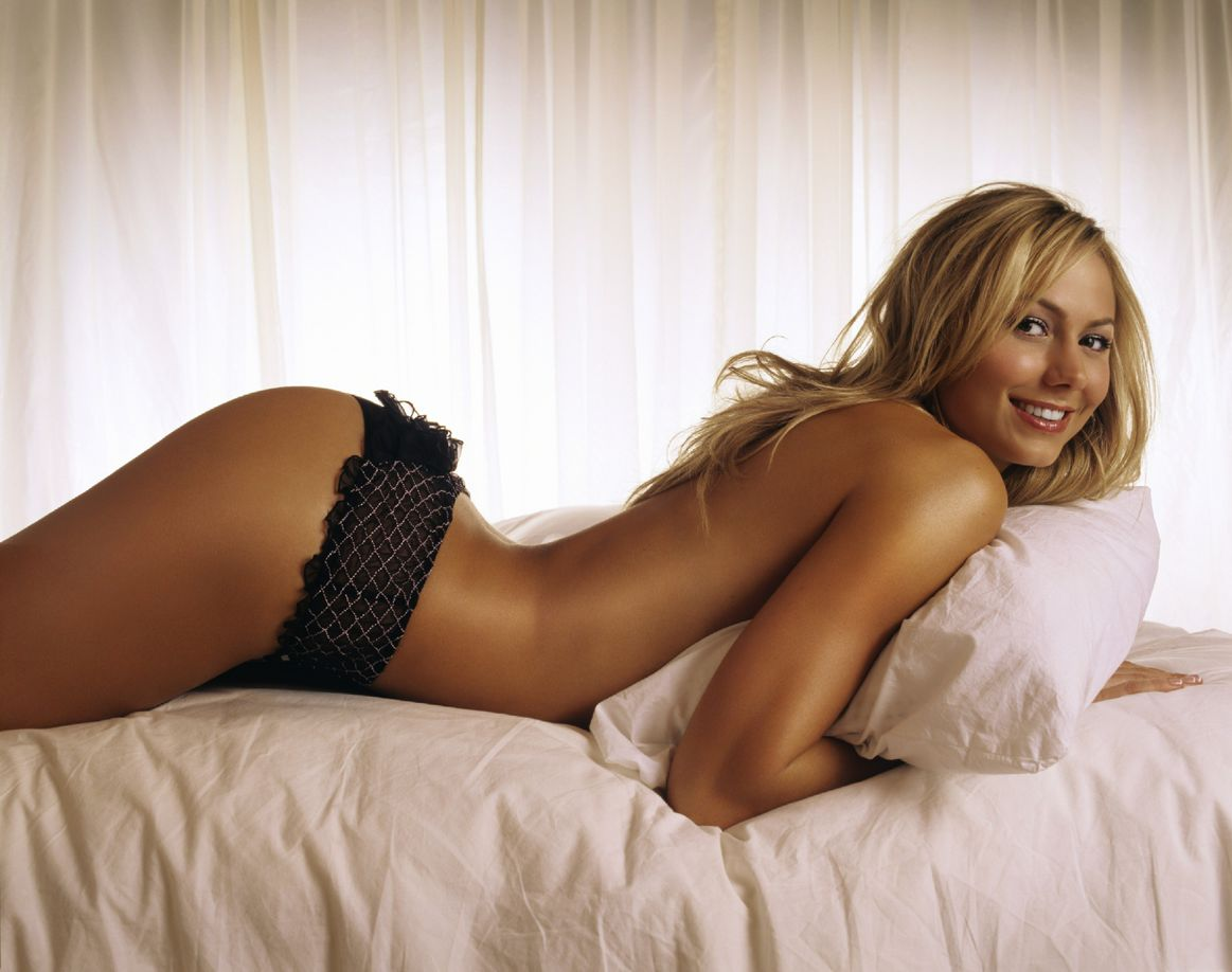stacy keibler on bed