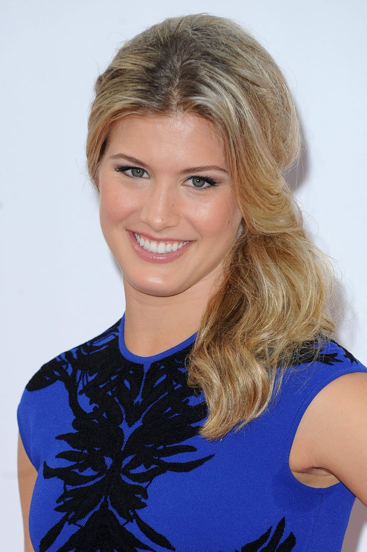 Eugenie Bouchard Smile