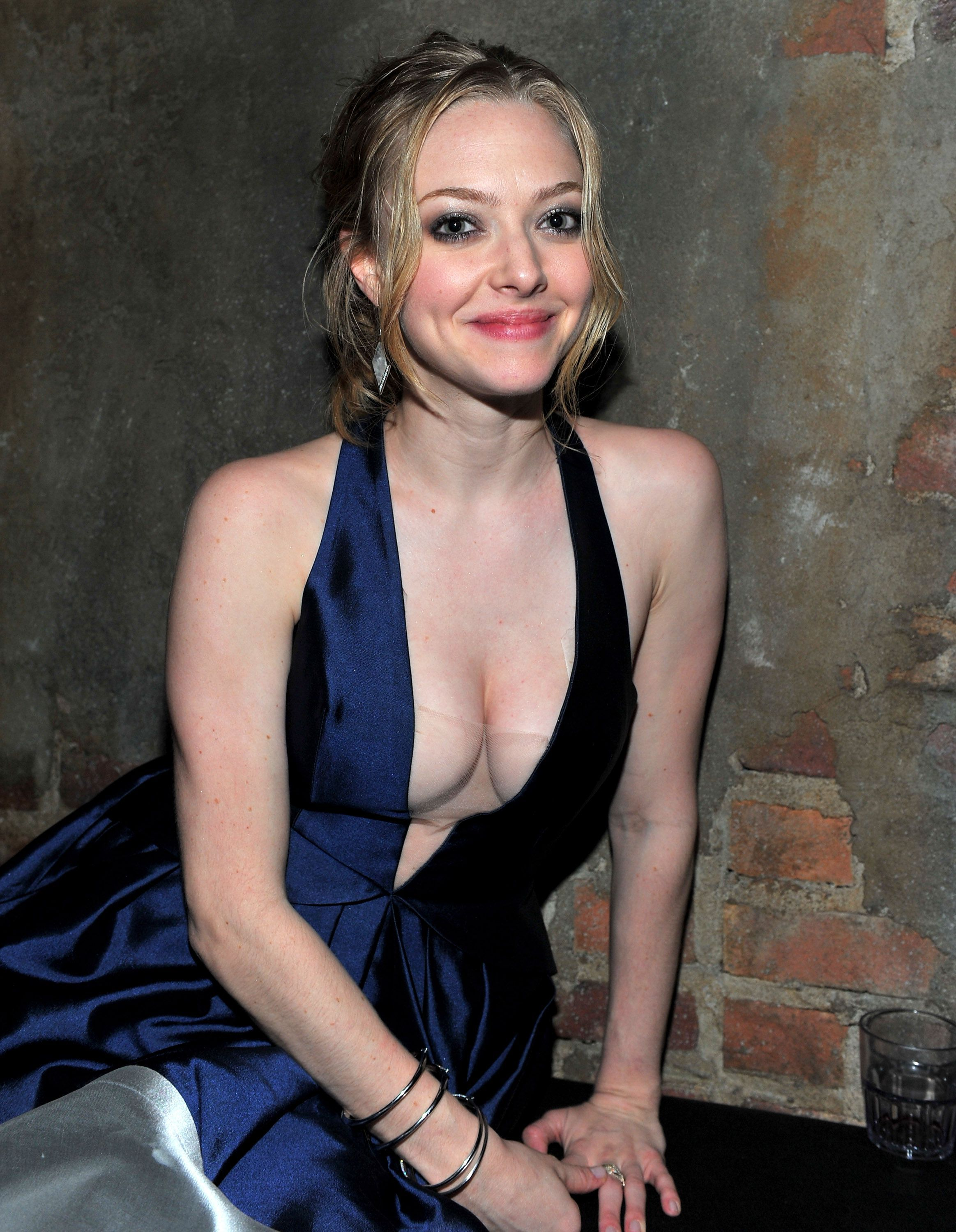 Amanda Seyfried Hot Video 49 hot pictures of amanda seyfried will make you her biggest