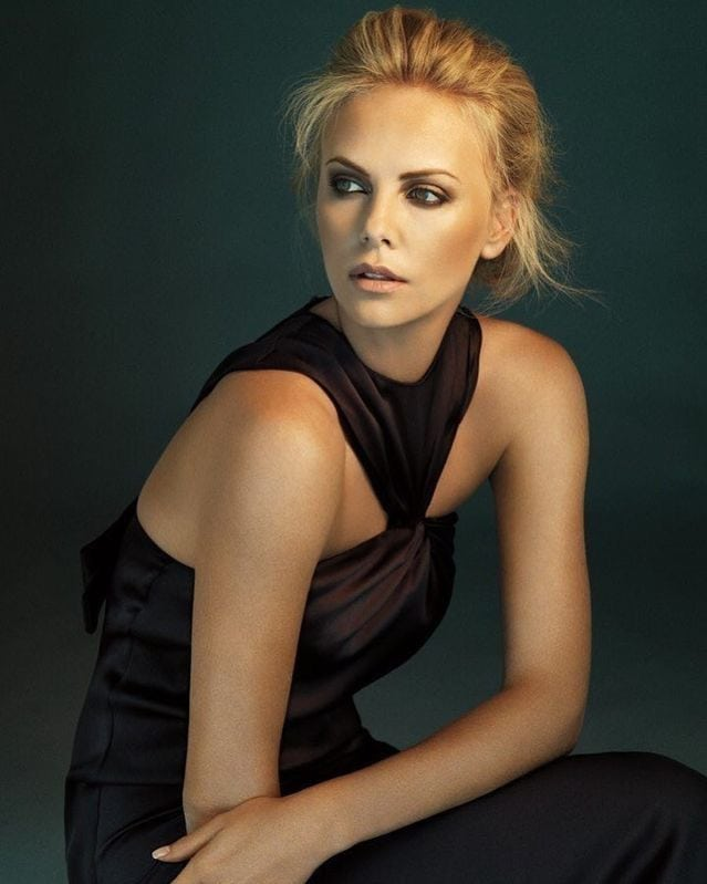61 Hot Pictures Of Charlize Theron Will Hypnotise You With -1264