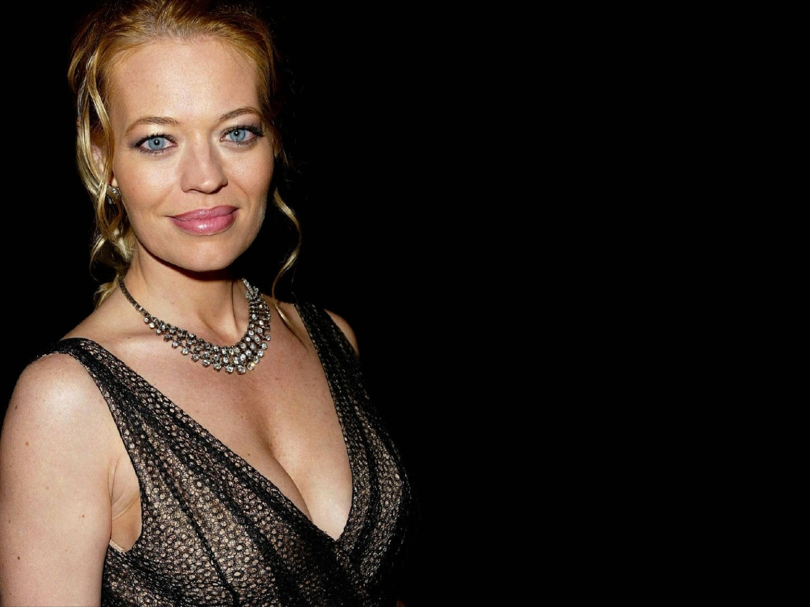 jeri ryan blue eyes