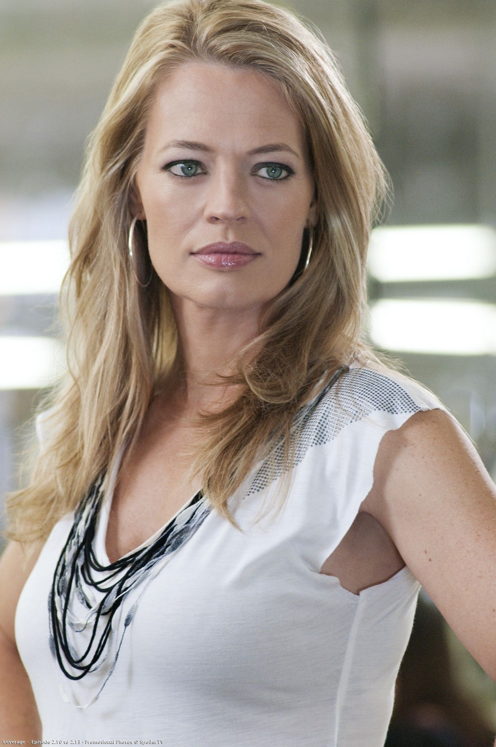 jeri ryan goodlooking