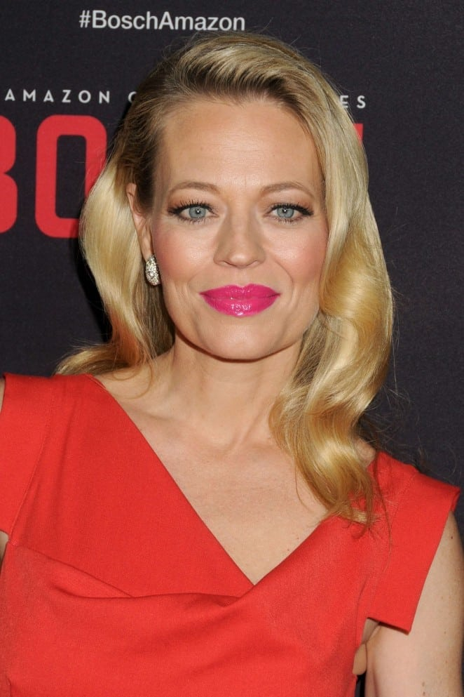 jeri ryan gorgeous look