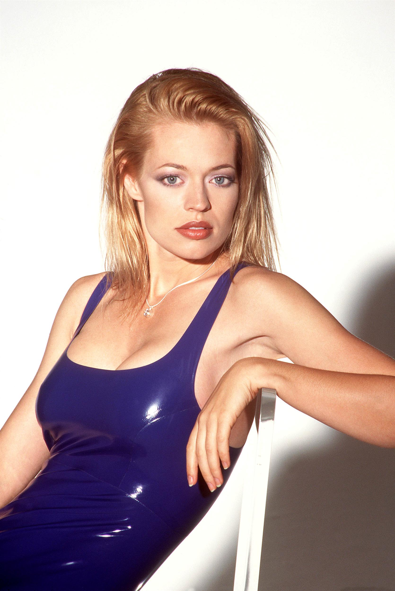 jeri ryan pretty