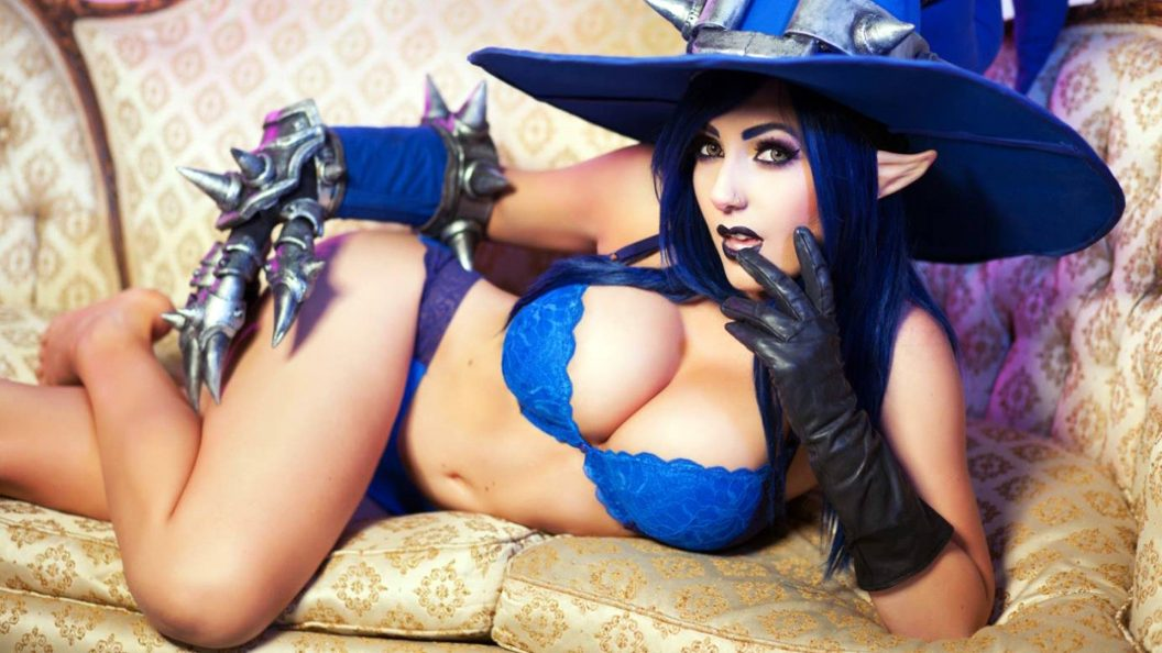 jessica nigri hot