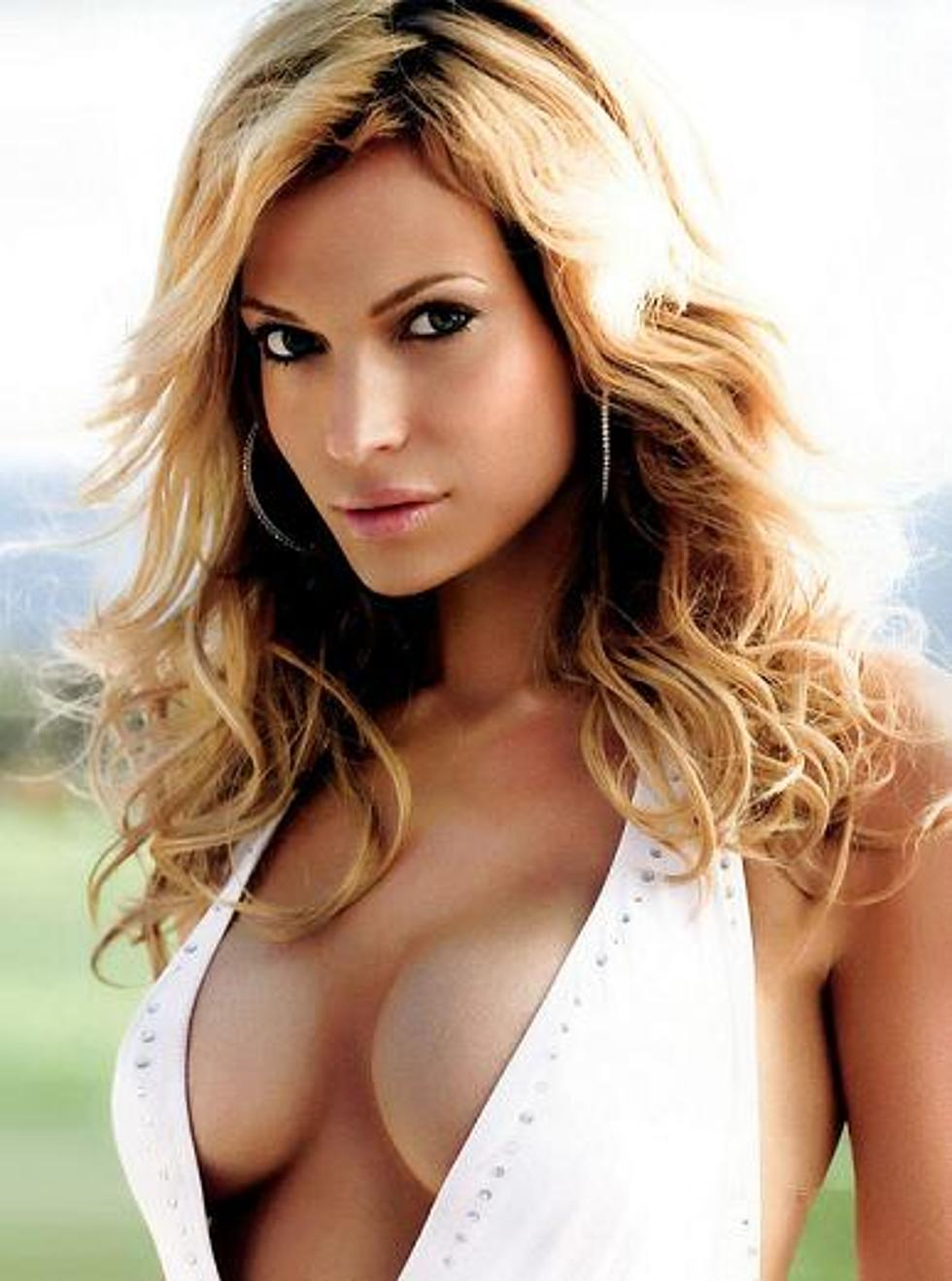 jolene blalock cleavage