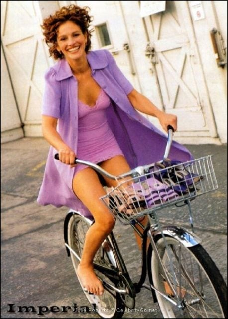 julia roberts in bicycle