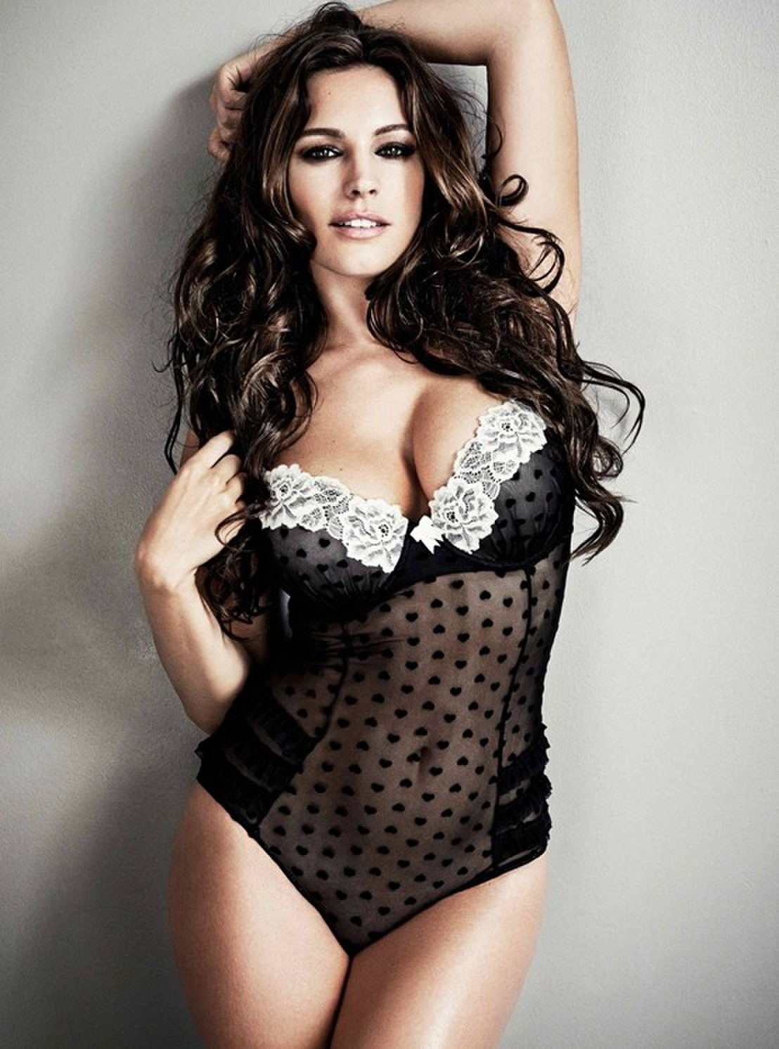 kelly brook sexy lingerie