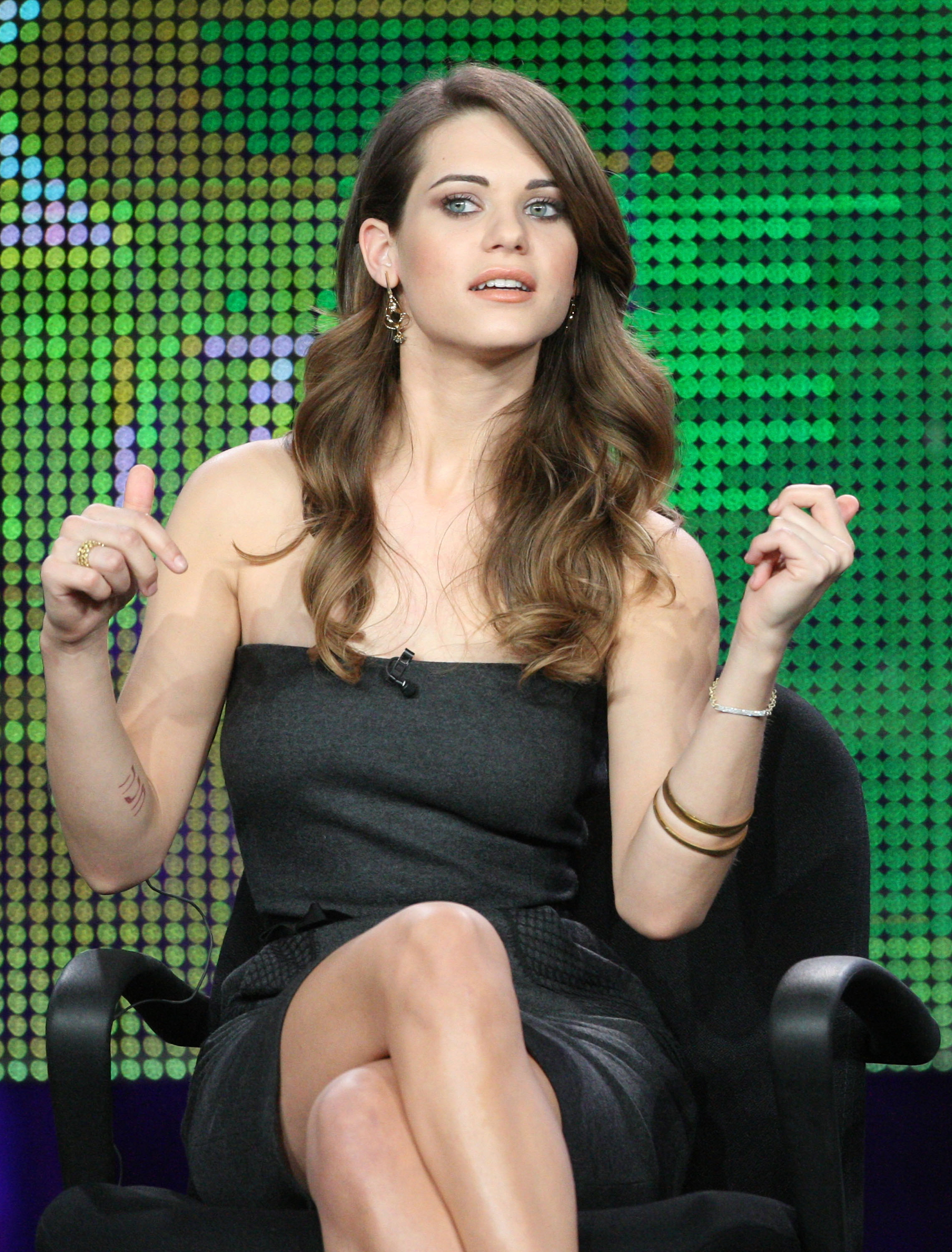 lyndsy fonseca gorgeous look
