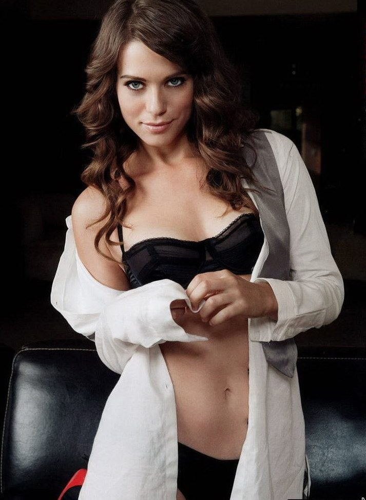 lyndsy fonseca looking sexy