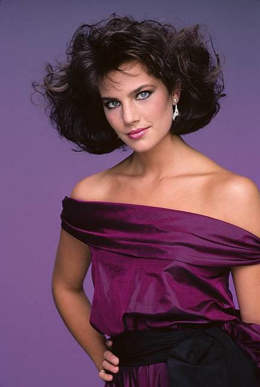 terry farrell hairstyle