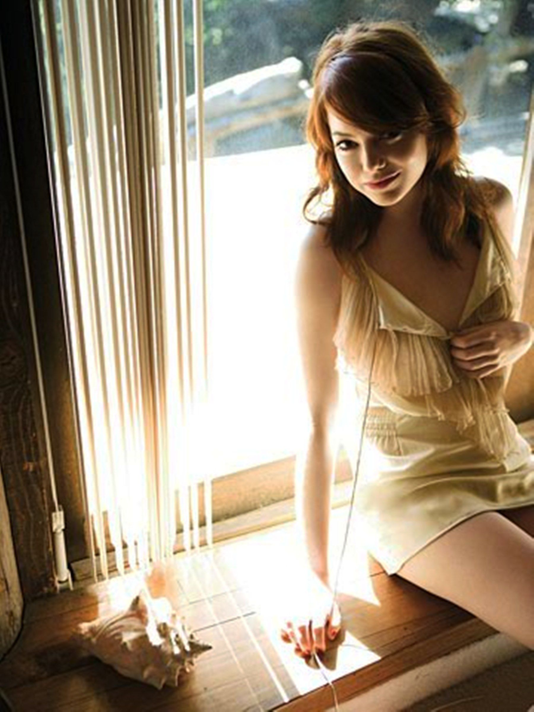 Emma Stone Sexy Pictures