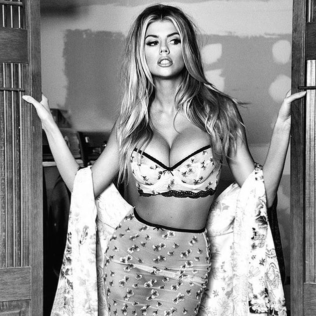 Charlotte Mckinney Sexy Pictures