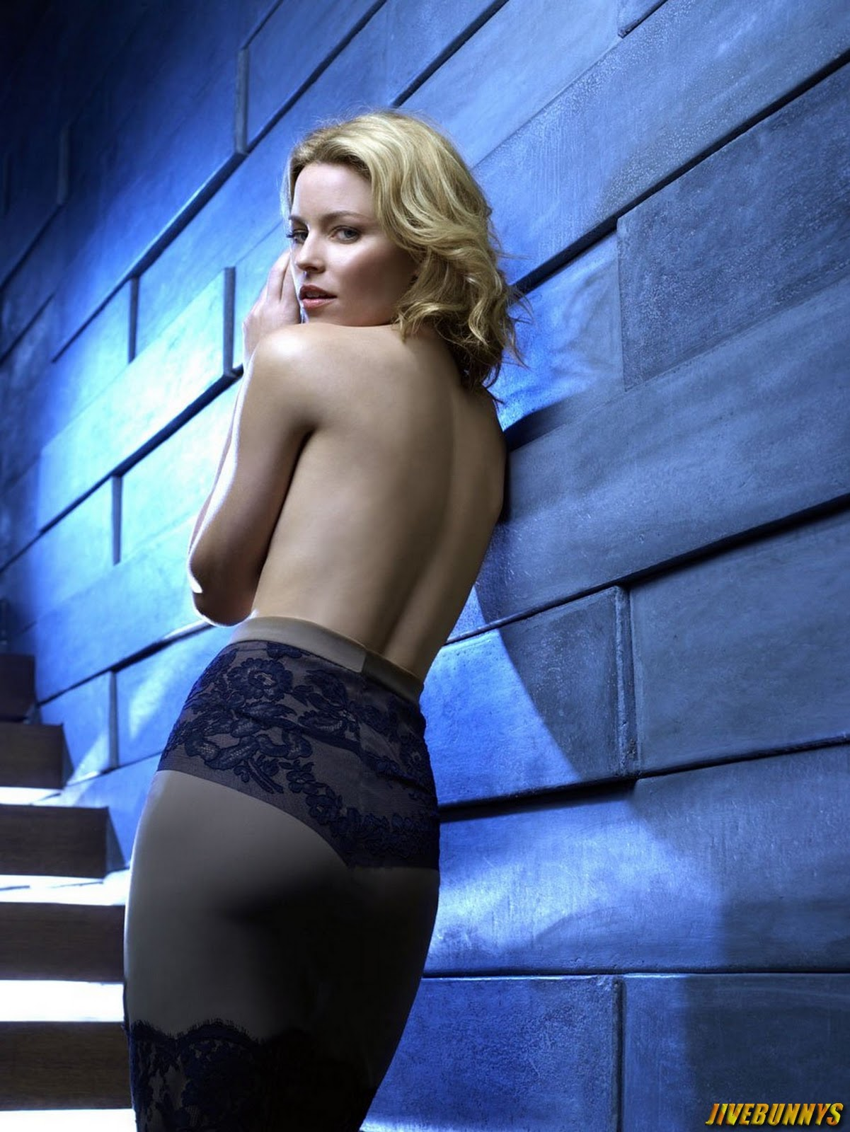 Elizabeth Banks Sexy Back