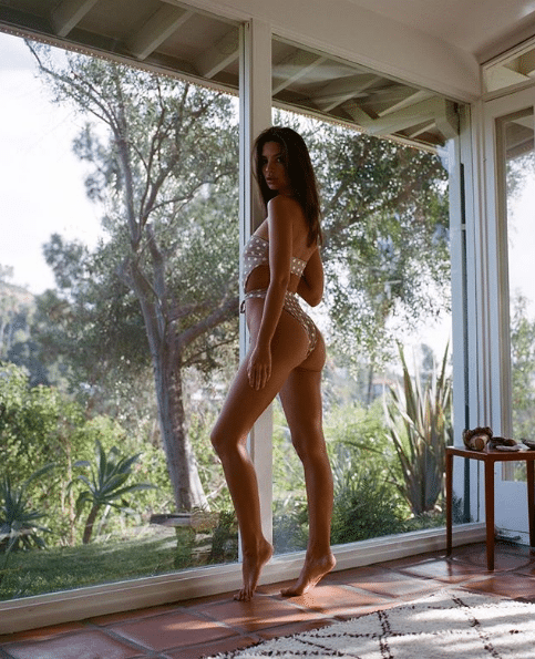 Emily Ratajkowski on Photoshoot