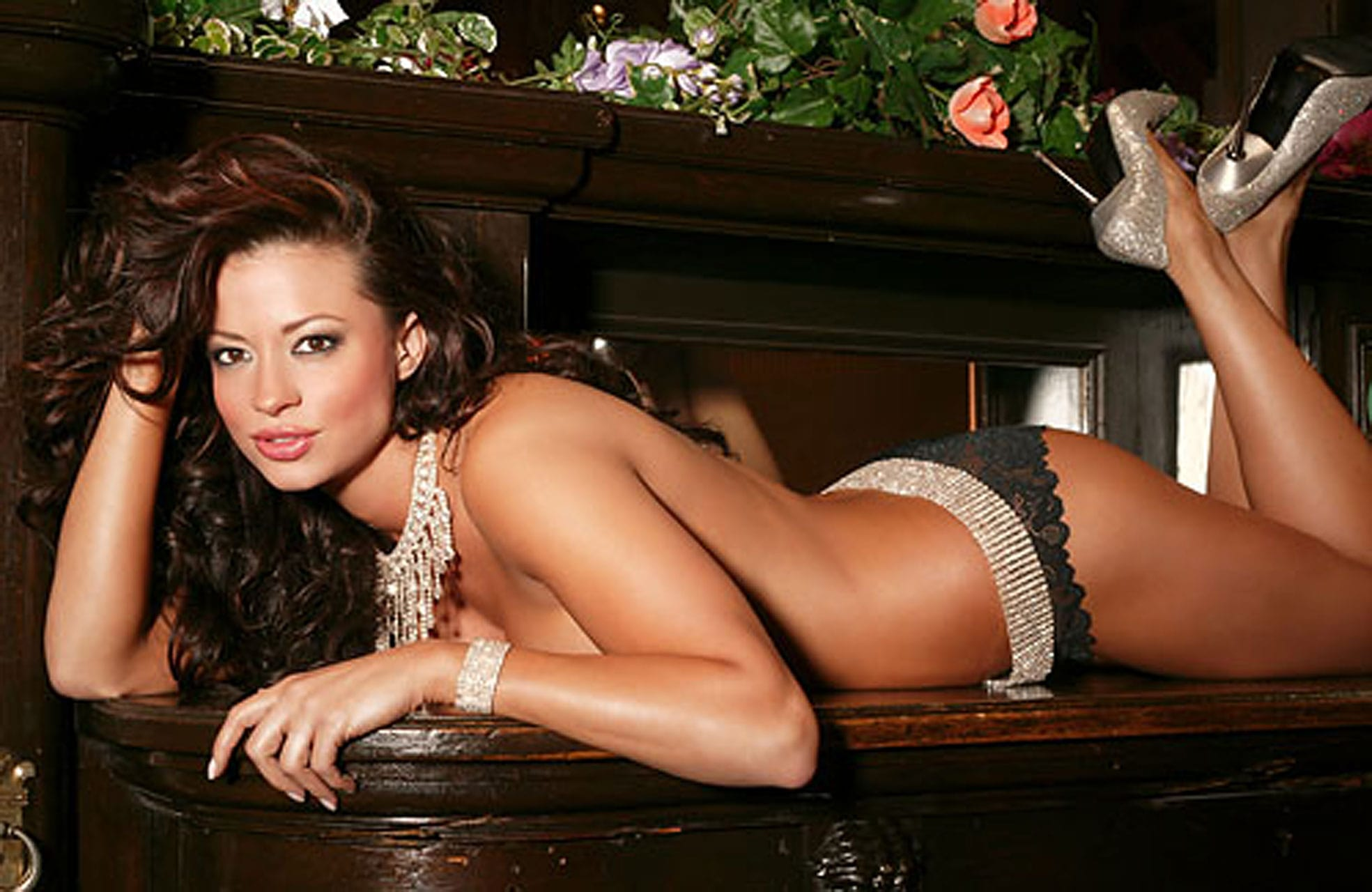 Candice Michelle Sexy Photoshoot