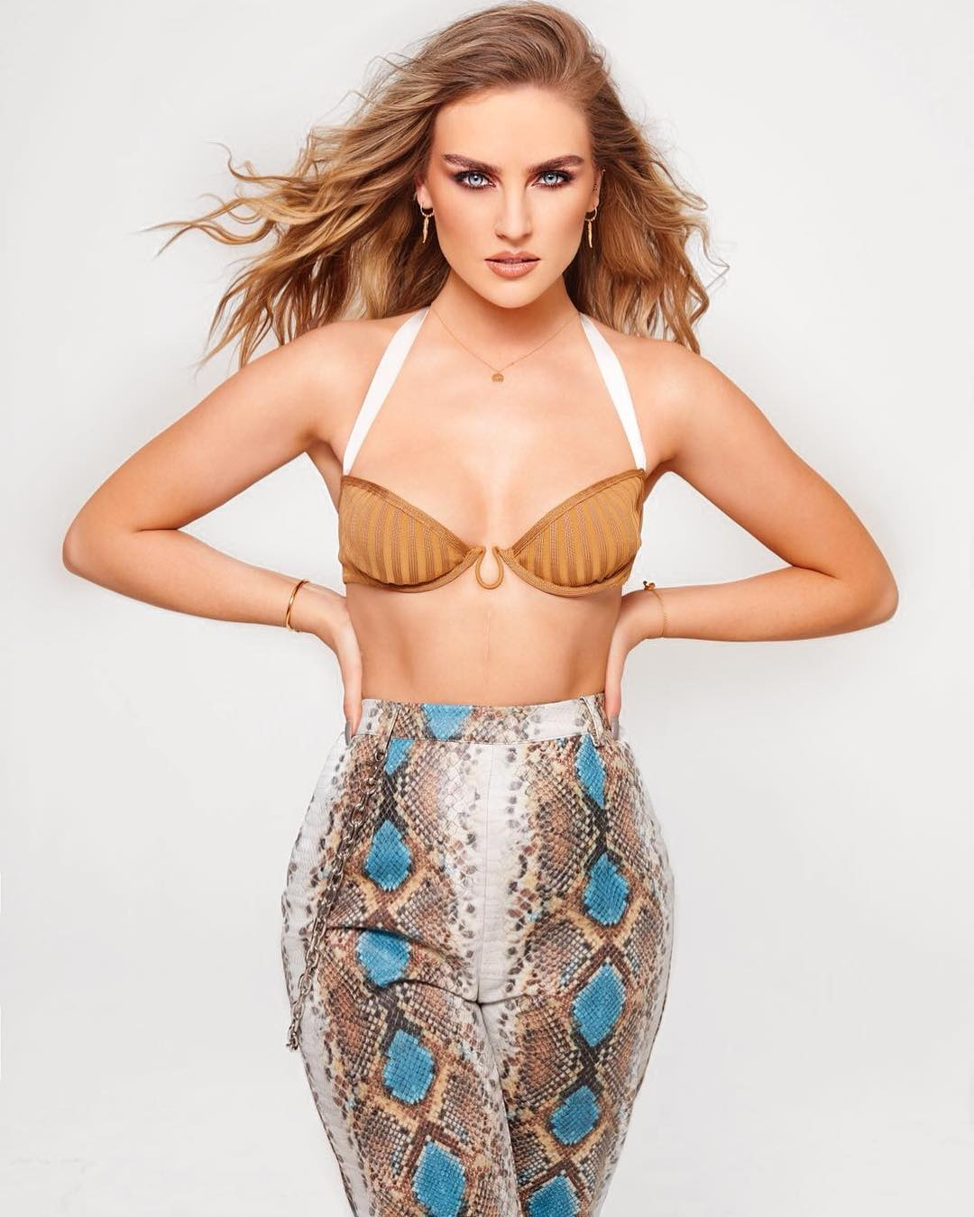 Hot Perrie Edwards nudes (49 photo), Tits, Leaked, Selfie, swimsuit 2019