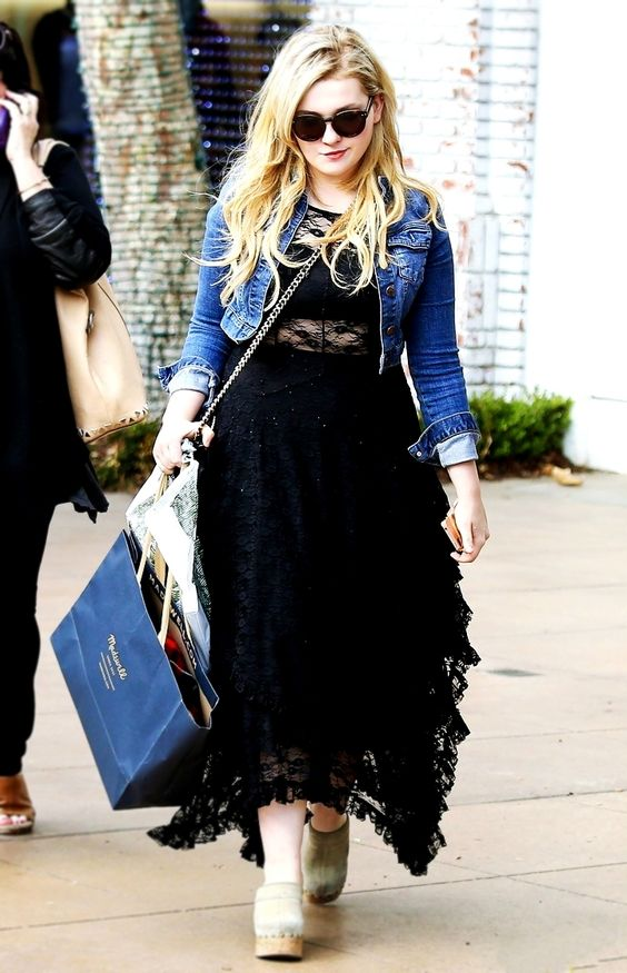 Abigail Breslin on the Road