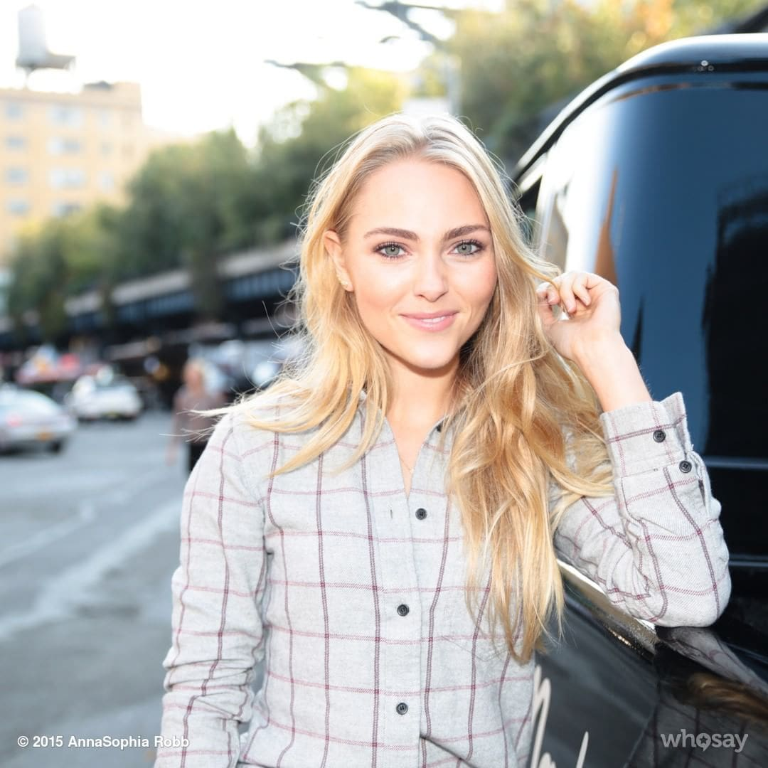 61 Hot And Sexy Pictures of AnnaSophia Robb Are Too Damn ...