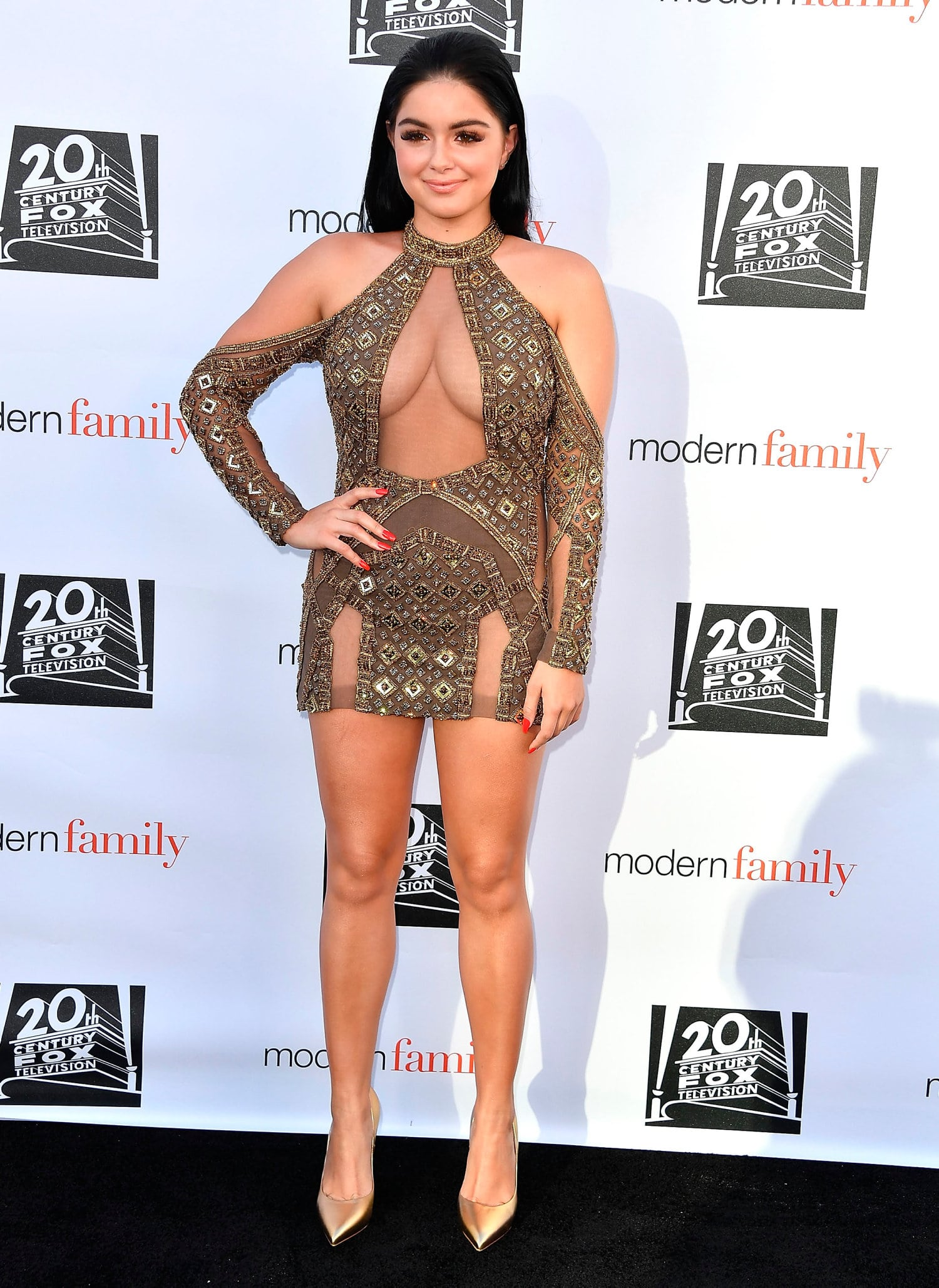 ariel winter awesome