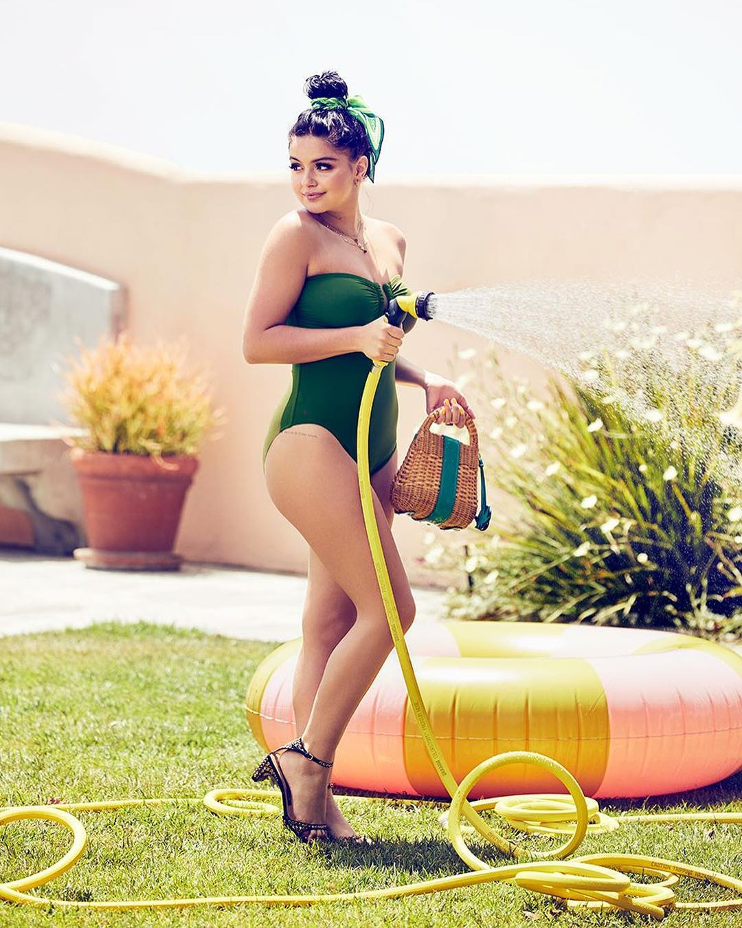 ariel winter legs pictures