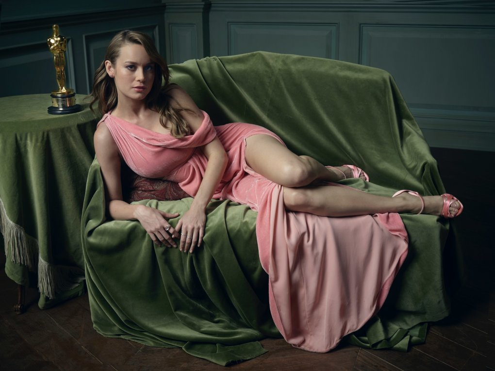 brie larson hottie dress