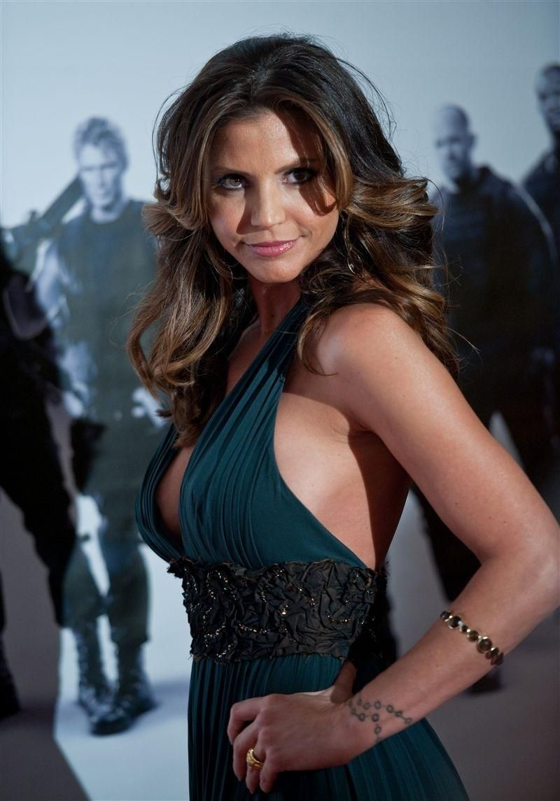 61 Hot Pictures Of Charisma Carpenter Will Brighten Up