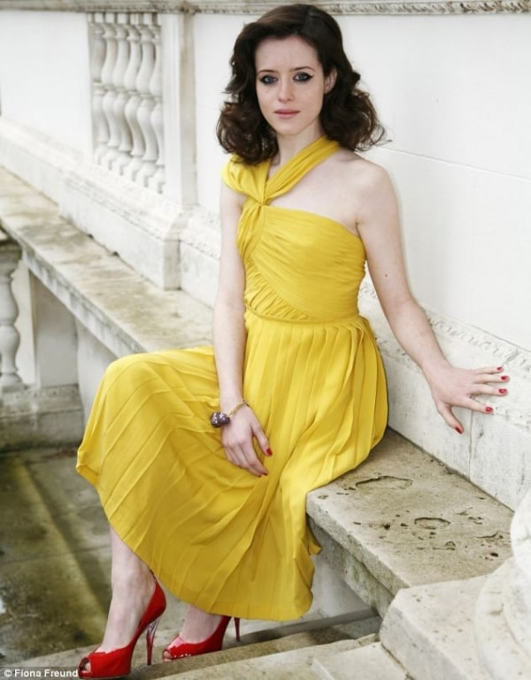 claire foy yellow dress