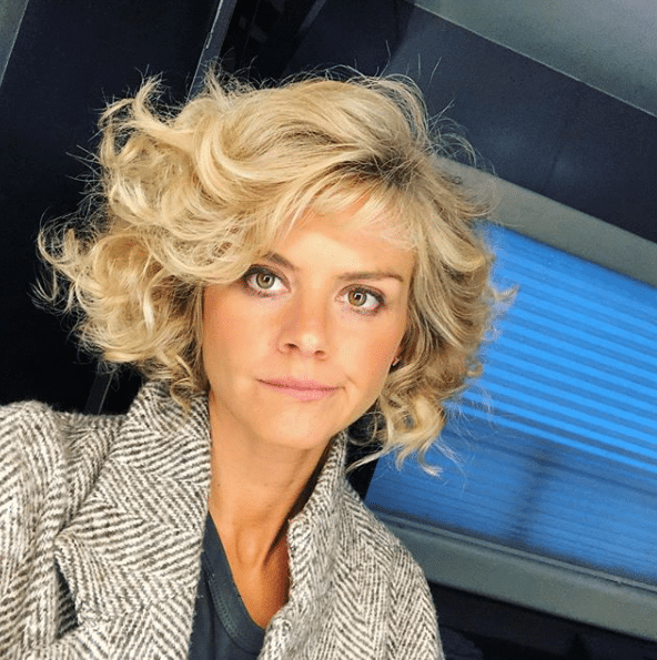 eliza coupe blonde hair